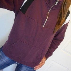 VSPINK Sweatshirt 1/4 Zip Size Medium